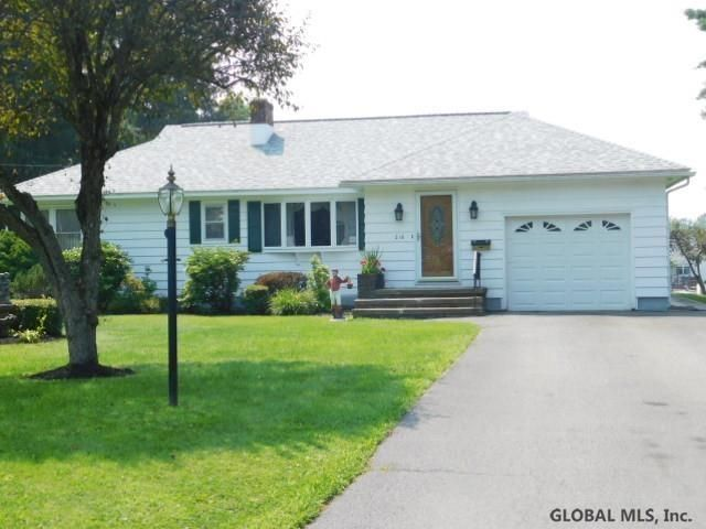 210 W 5th Ave, Johnstown, NY 12095
