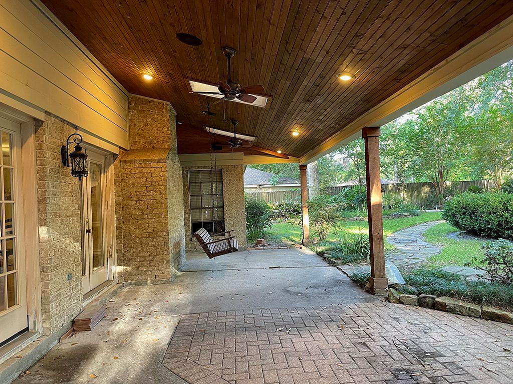 3906 Misty Gardens Ct, Kingwood, TX 77339