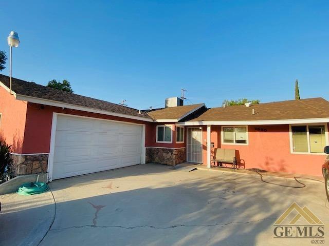2930 Avalon St, Bakersfield, CA 93304