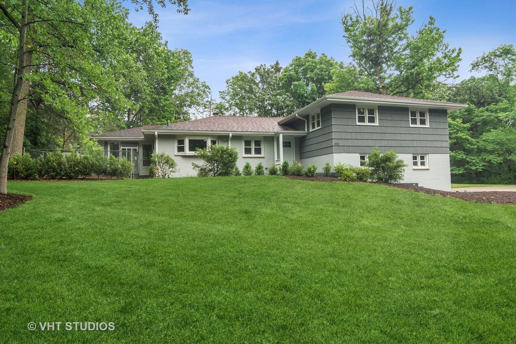 422 Kimberly Rd, Barrington, IL 60010