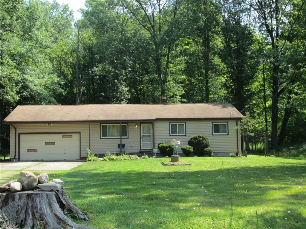 15449 Marks Rd, Strongsville, OH 44149