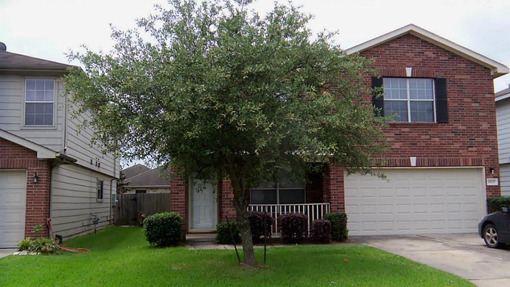 15127 Blue Creek Ranch Dr, Houston, TX 77086