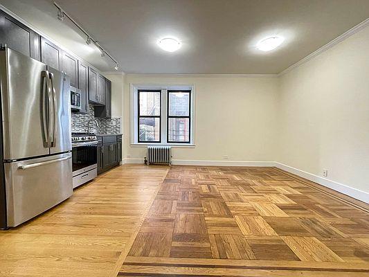 147 W 230th St #1K, Bronx, NY 10463
