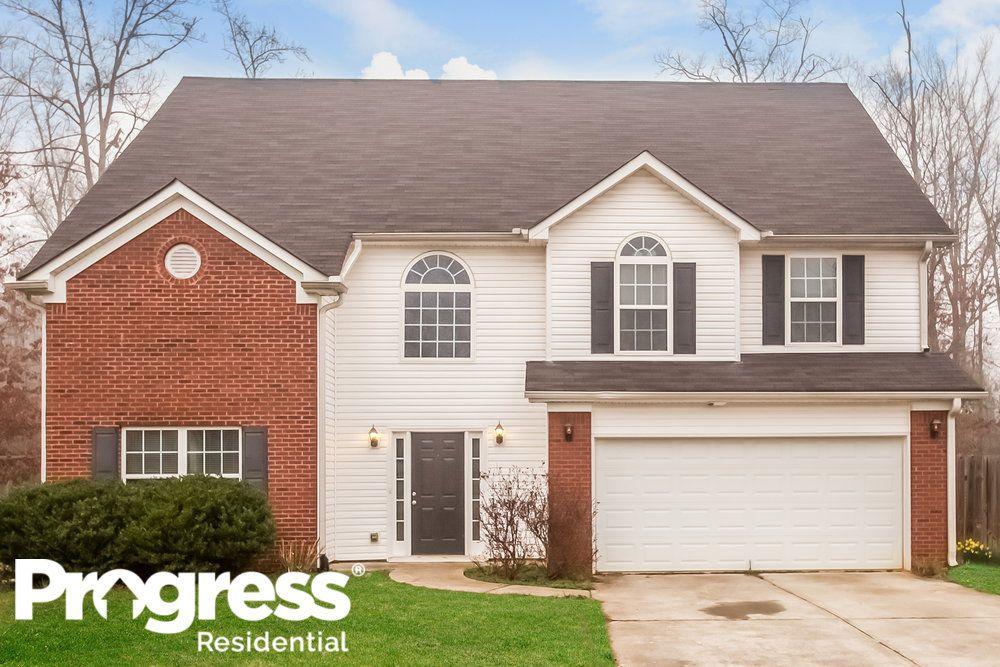 10900 Hondal Ct, Hampton, GA 30228