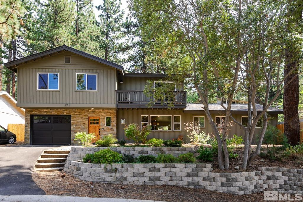 171 Pine Dr, Glenbrook, NV 89449
