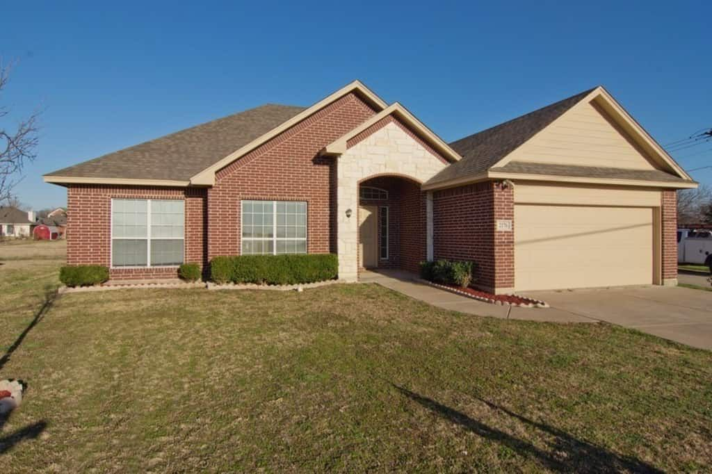 2176 Rogers Ave, Lancaster, TX 75134