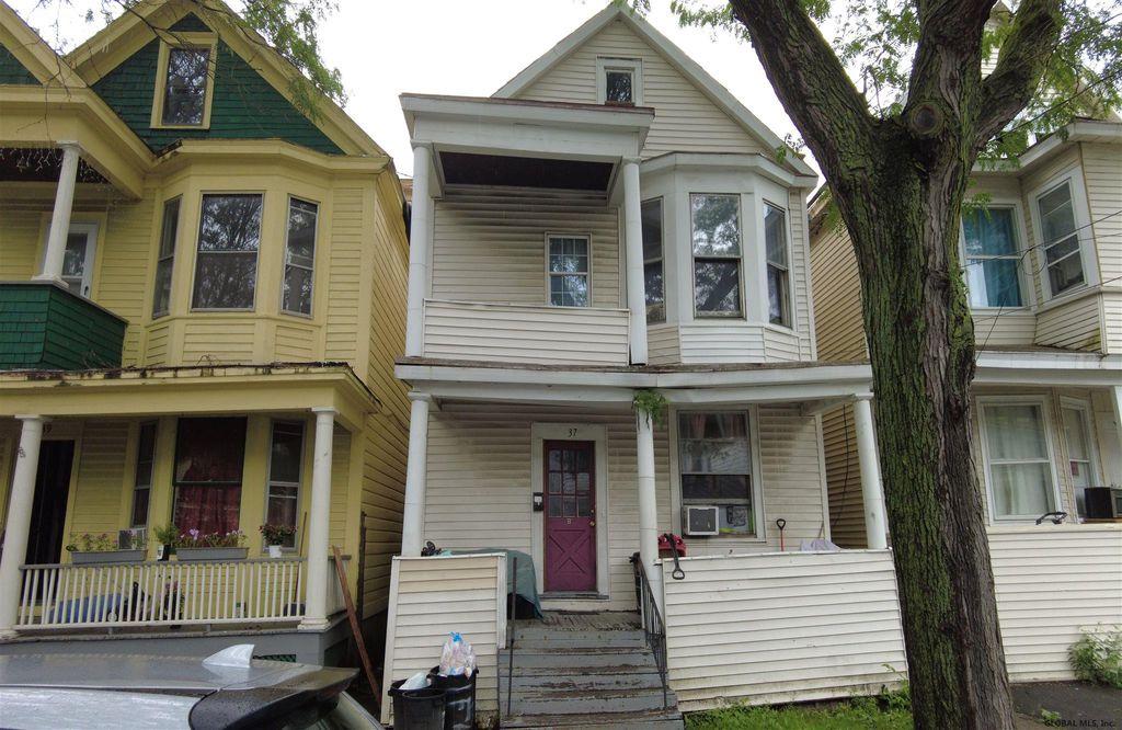 37 Morris St, Albany, NY 12208