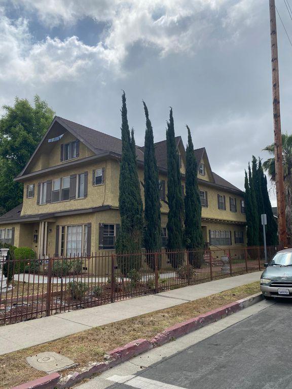 239 N Avenue 56 #1, Los Angeles, CA 90042