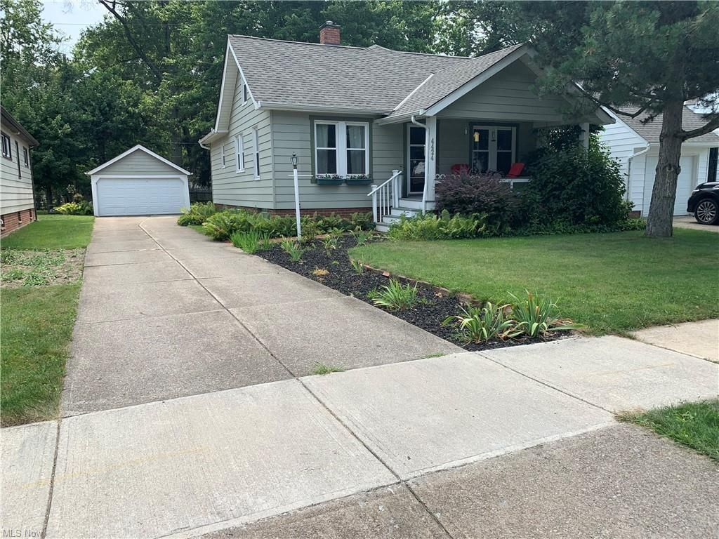 4424 Adrian Rd, South Euclid, OH 44121