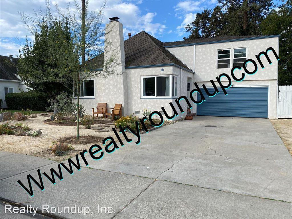 3011 Allston Way, Stockton, CA 95204