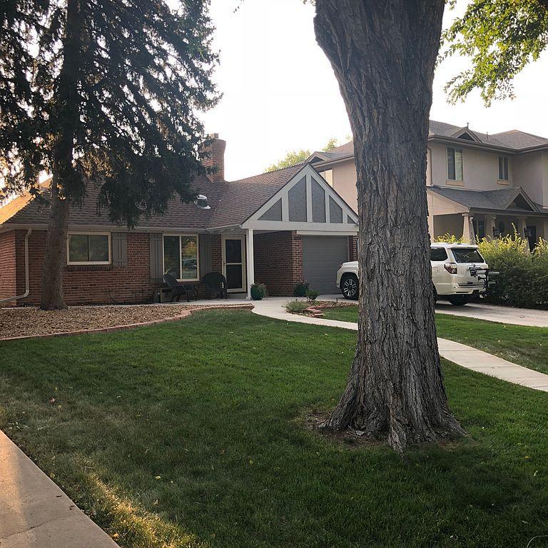 1009 Krameria St, Denver, CO 80220