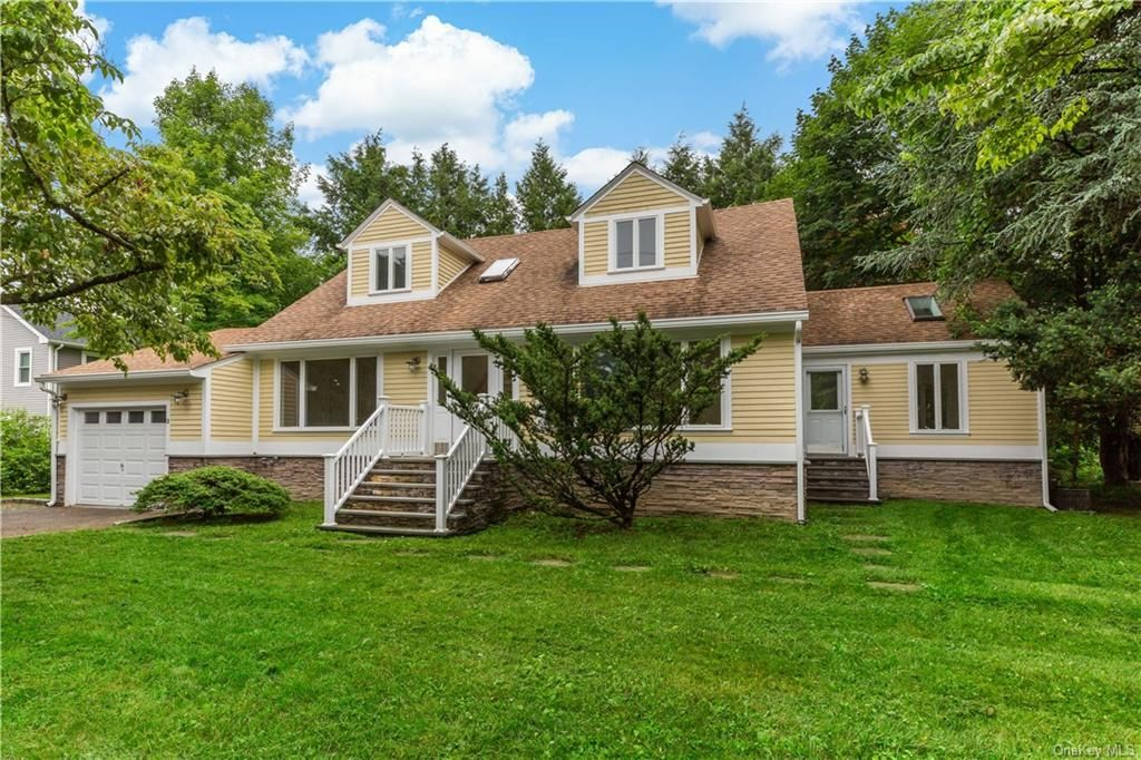 3 Orchard Dr, Yorktown Heights, NY 10598