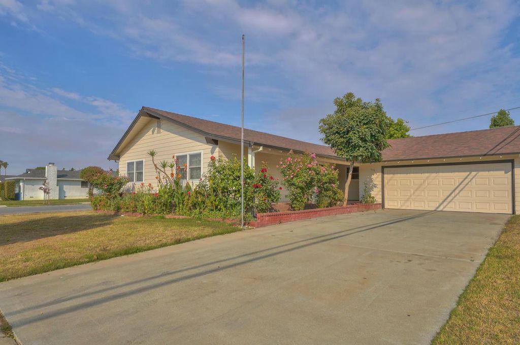 1603 Cupertino Way, Salinas, CA 93906