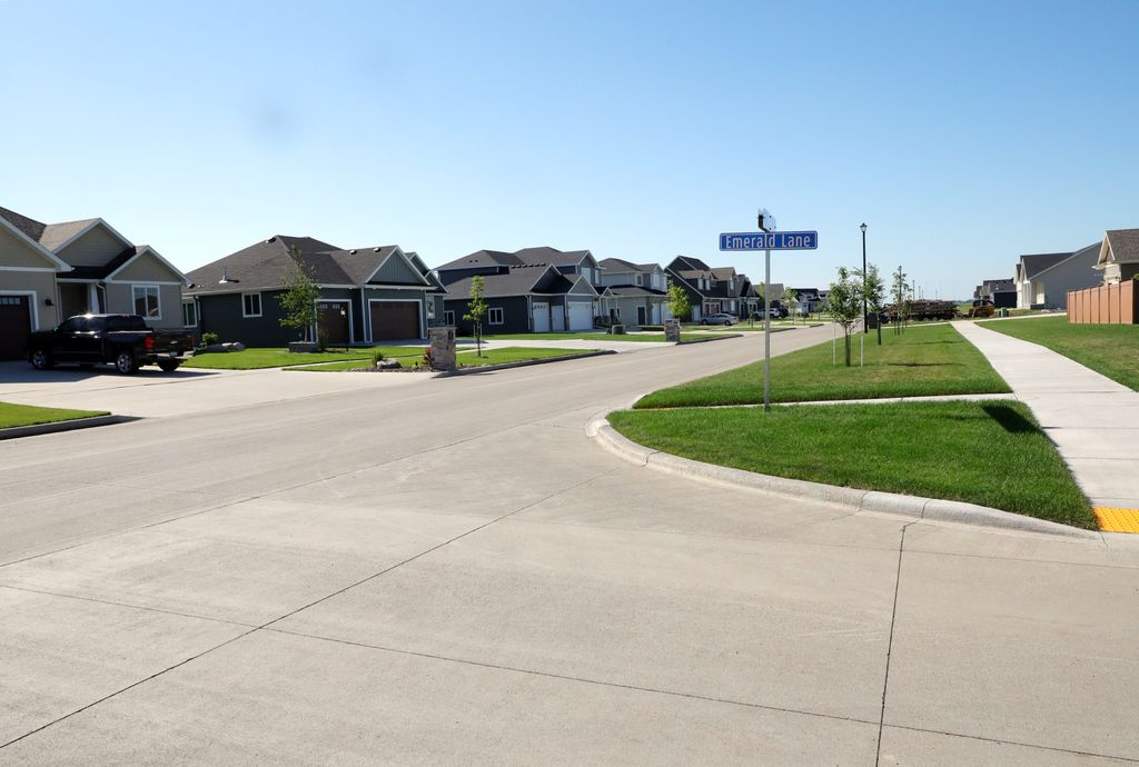 Crary, Grand Forks, ND 58201