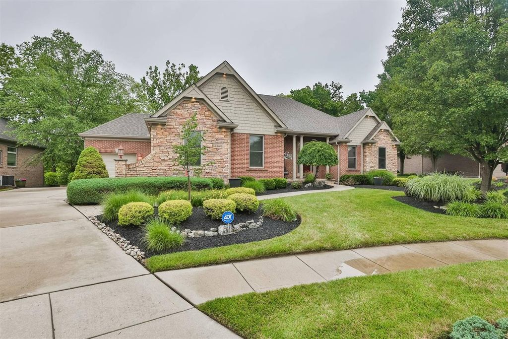 6602 Red Hawk Ct, Maineville, OH 45039