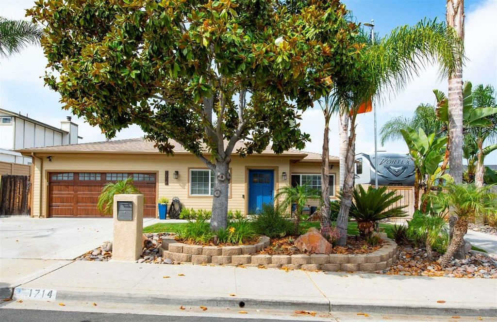 1714 Rees Rd, San Marcos, CA 92069