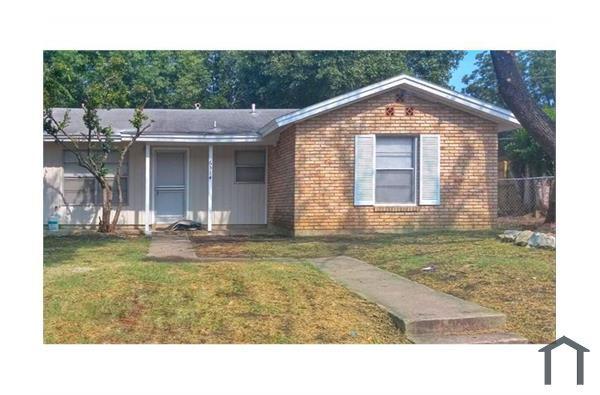 6514 Mossledge Dr, San Antonio, TX 78242