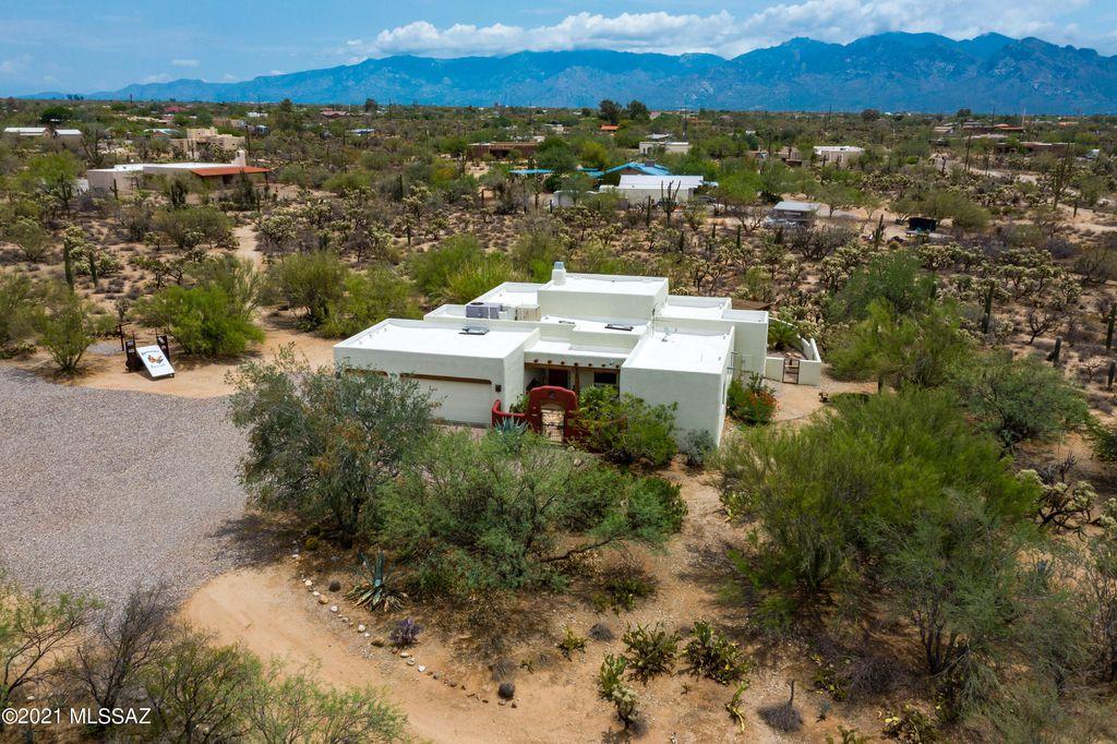 4040 W Potvin Ln, Tucson, AZ 85742