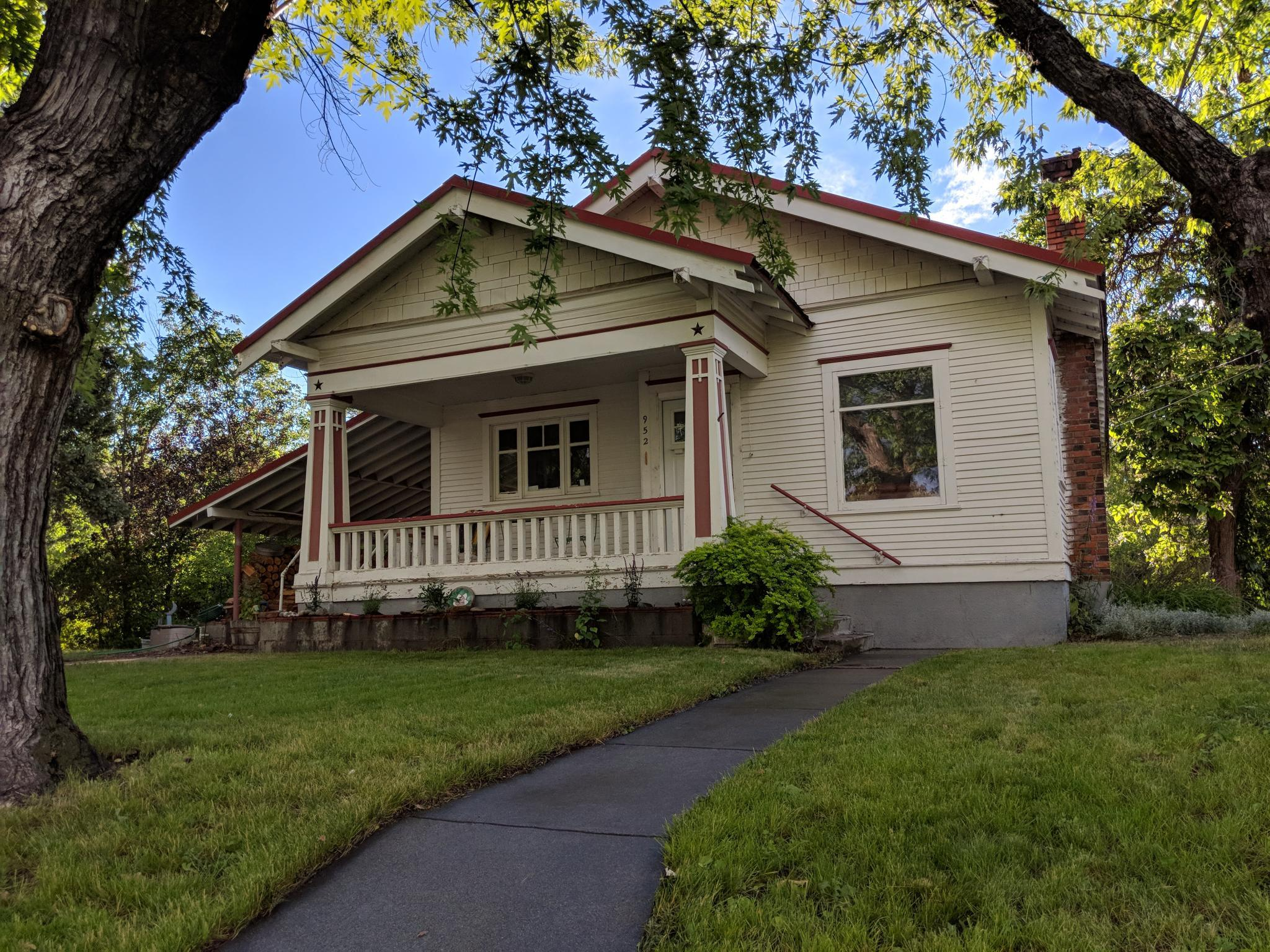 952 Rogers St Okanogan Wa 98840 3 Bed 1 Bath Single Family Home