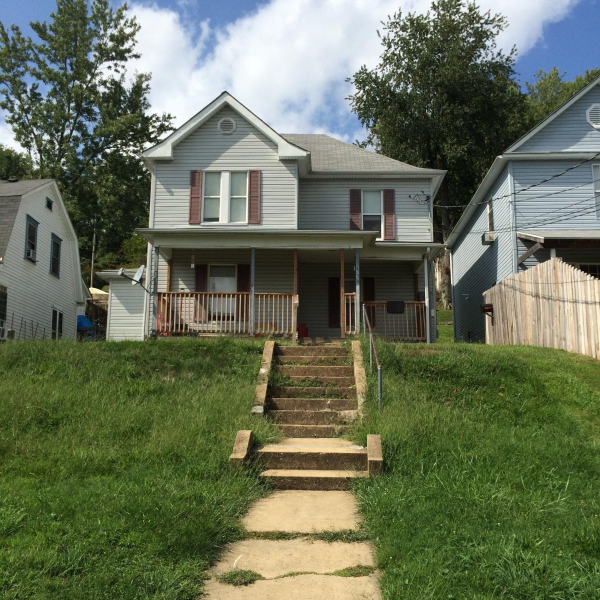 509 View Ave, Fairmont, WV 26554