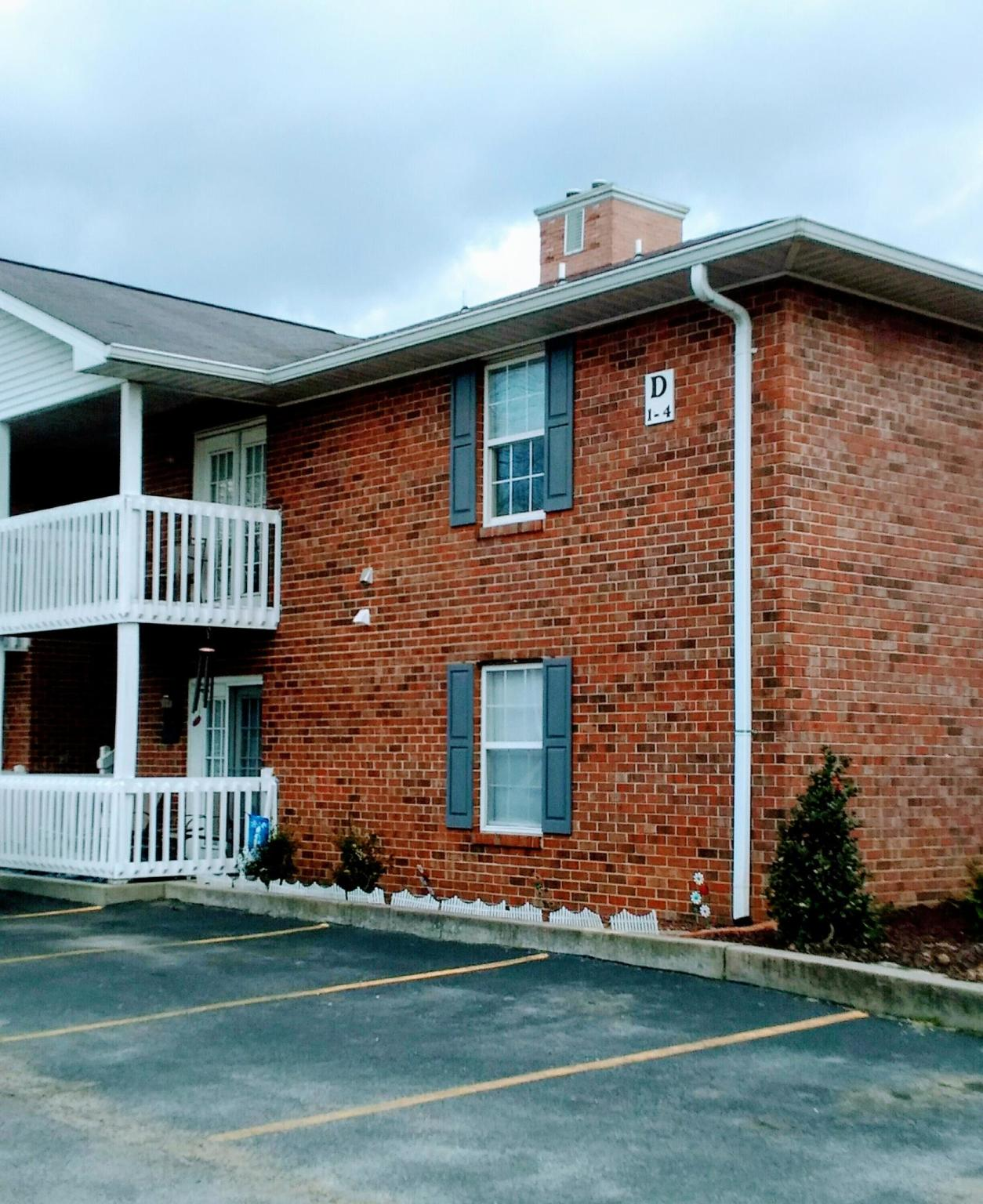Apartments In Cookeville Tn: 1130 E 10th St, Cookeville, TN