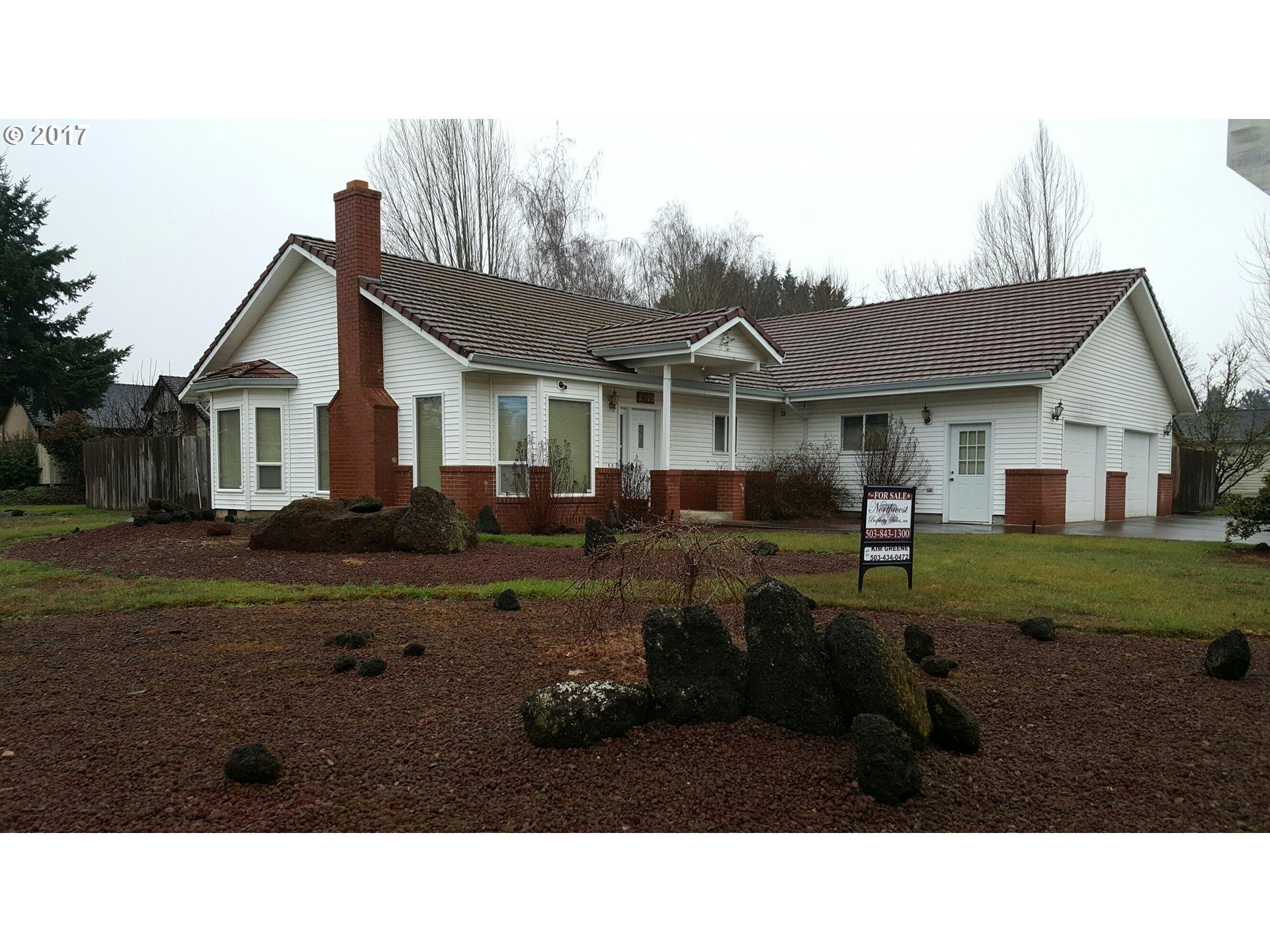 2325 Nw Crimson Ct Mcminnville Or 97128  Bath Single Family Home 19 P Os Trulia