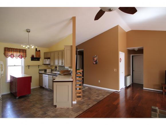 151 Westview Ln, Ithaca, NY 14850 - 3 Bed, 2 Bath Single