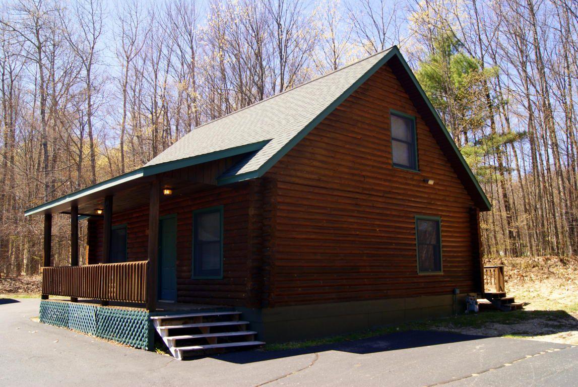 2486 Beaver Creek Dr, Gaylord, MI 49735 - Condo - 38 Photos