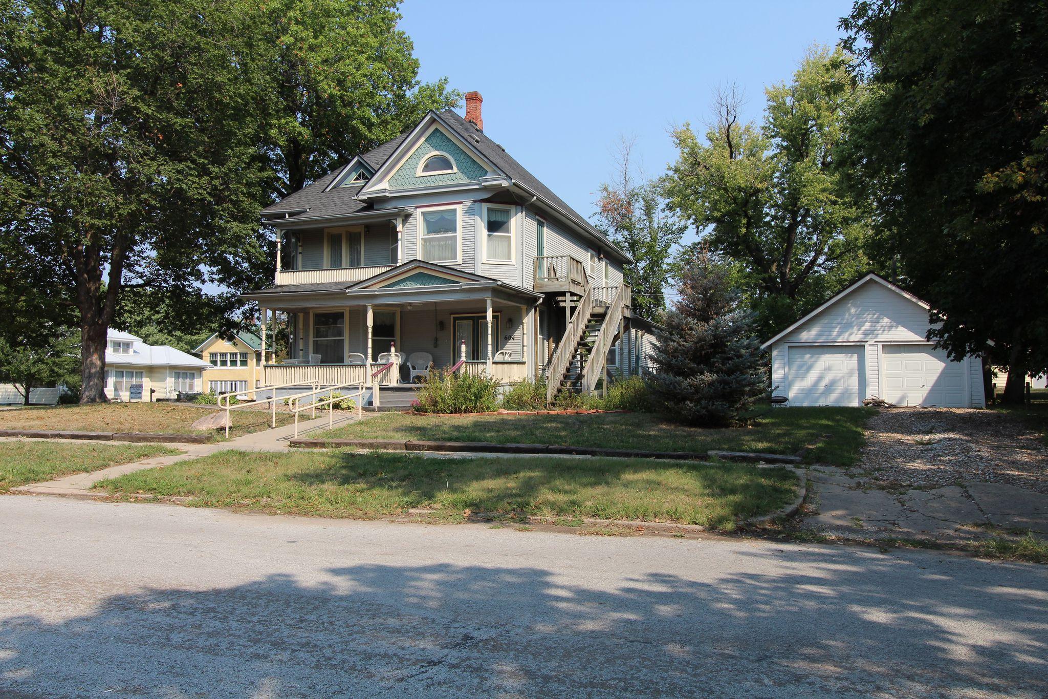 Pawnee City Nebraska >> 604 9th St Pawnee City Ne 68420 5 Bed 2 Bath Single Family Home