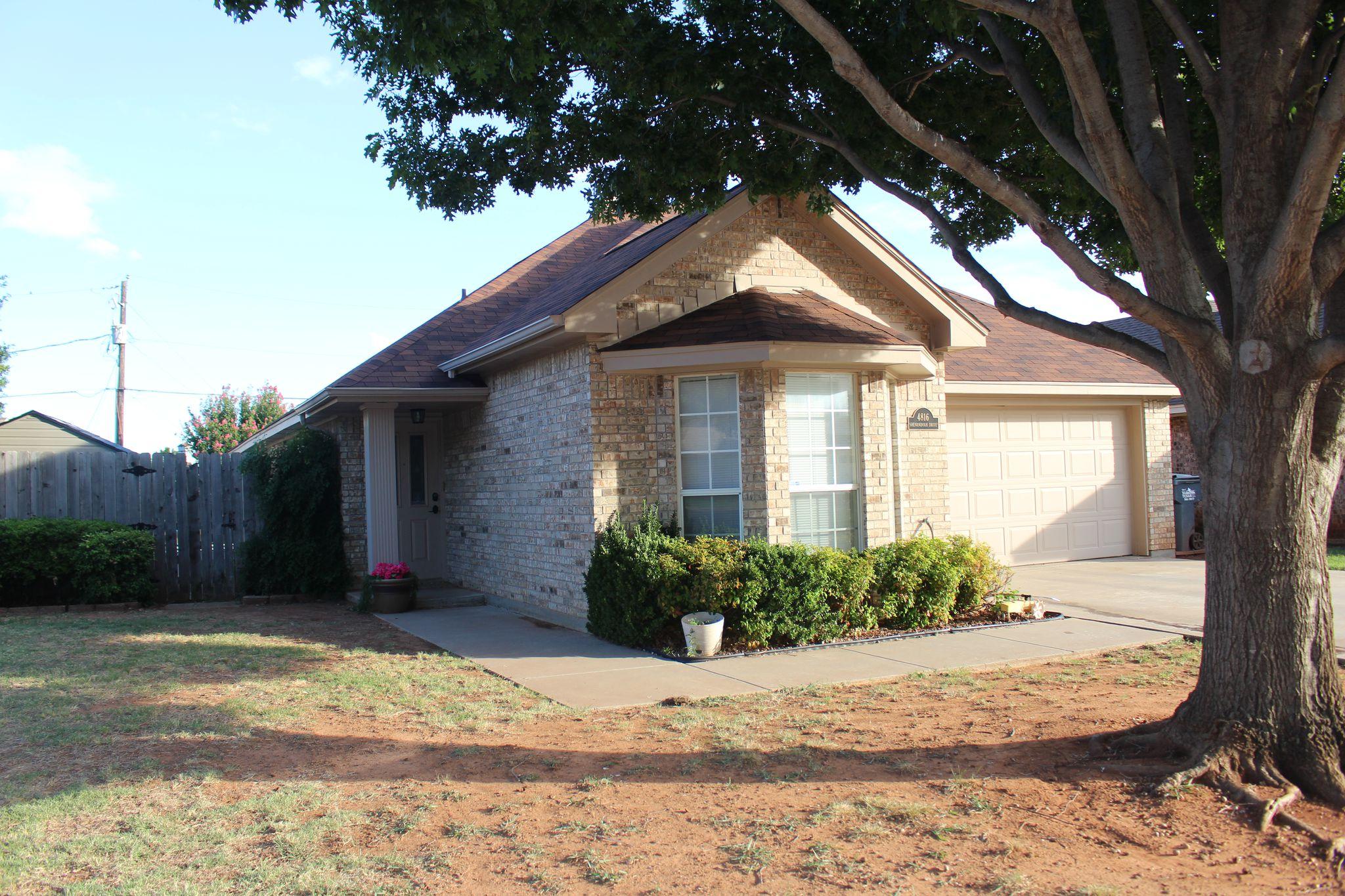 4816 Shenandoah Dr, Wichita Falls, TX 76310 - 3 Bed, 2 Bath Single
