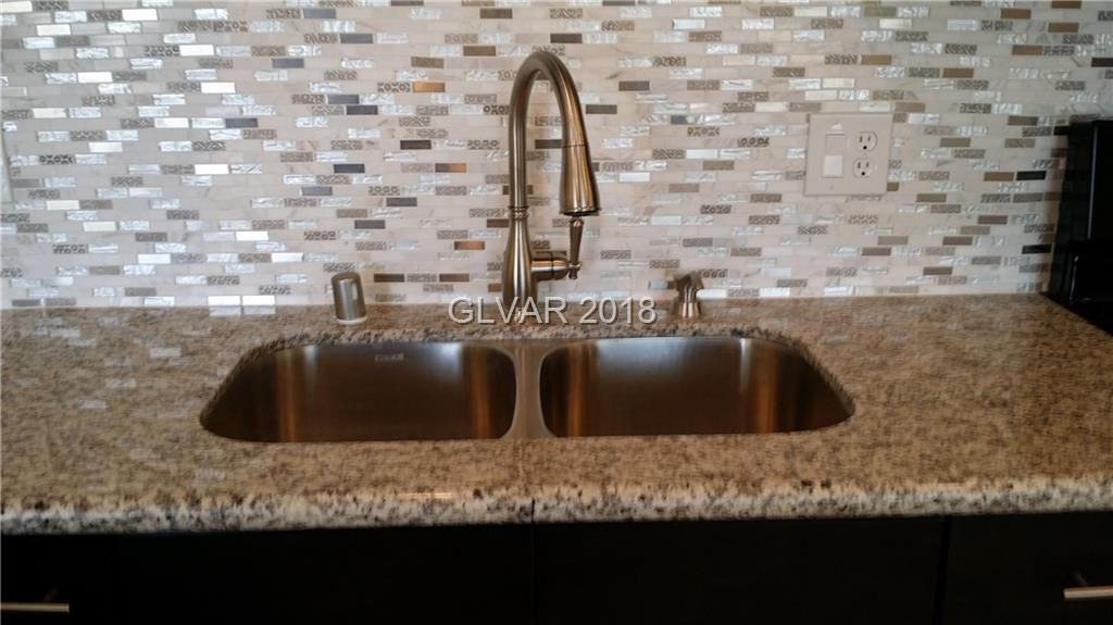 3120 Merritt Ave Las Vegas Nv 89102 6 Bed 3 Bath Single Family Home 24 Photos Trulia