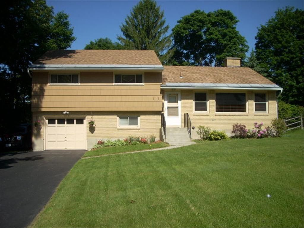 101 Imperial Ave, Pittsfield, MA - 3 Bed, 1 Bath Single