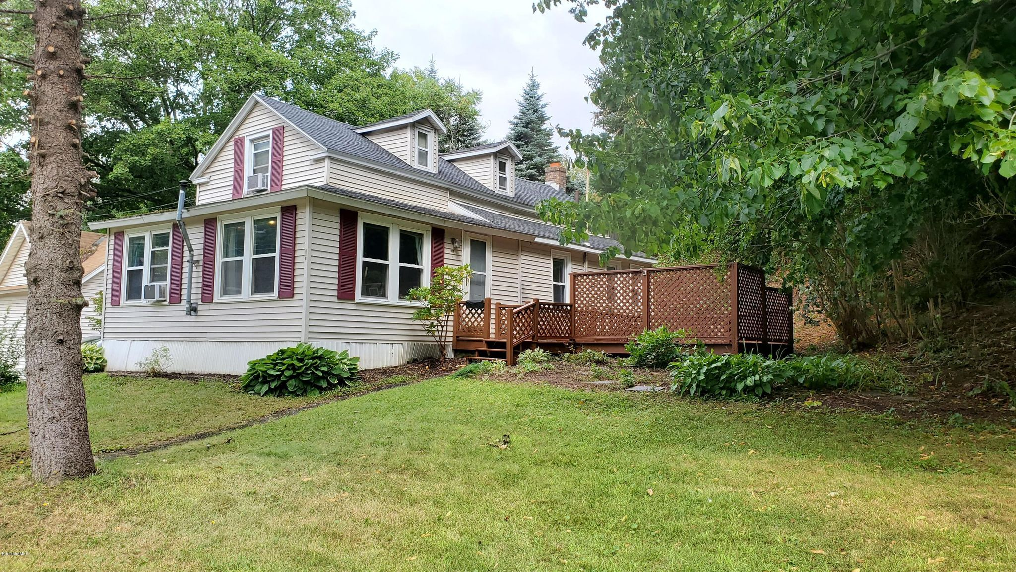 137 Strong Ave, Pittsfield, MA 01201 - 3 Bed, 2 Bath