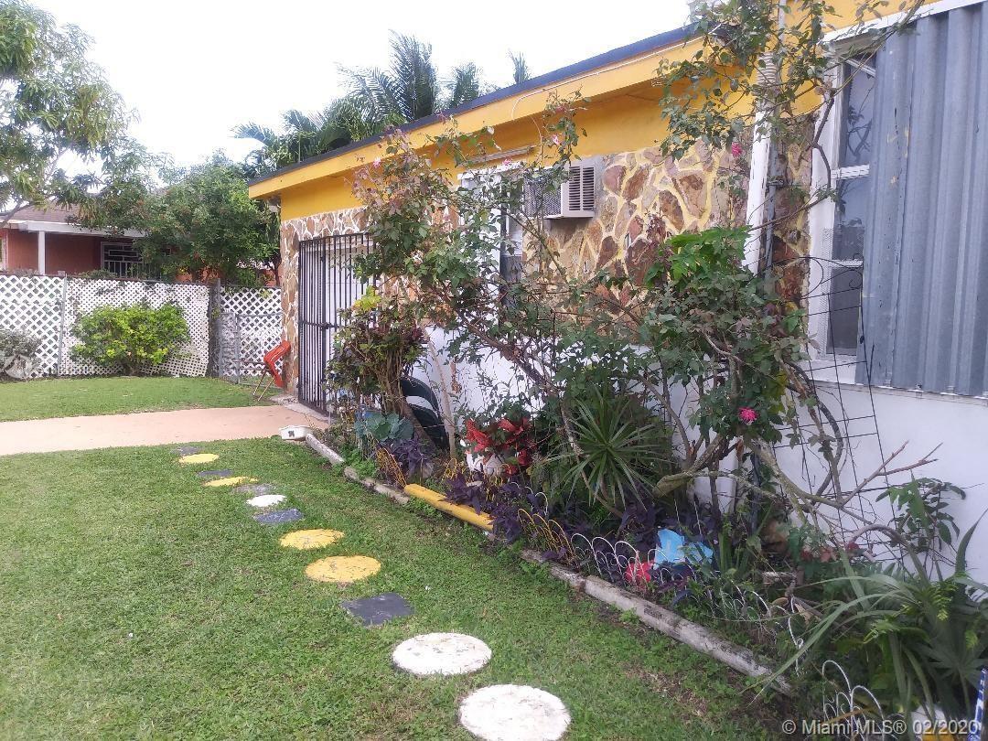 10740 SW 216th St, Miami, FL 33170
